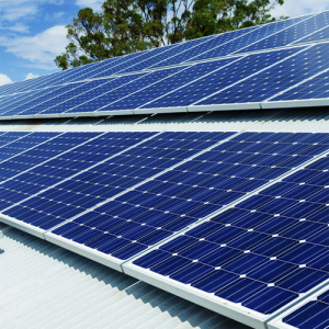 Plug-In Solar 2.75kW (2750W) DIY Solar Power Kit with Roof Mount (For Metal/Wooden Roofs)